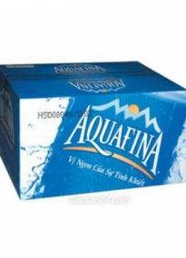 Thùng nước Aquafina chai 1.5l có giá 105.000đ/thùng (12 chai)